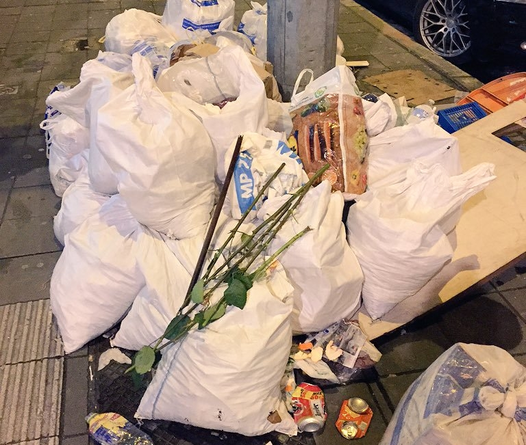Garbage Brussels (c) Kwinten Lambrecht