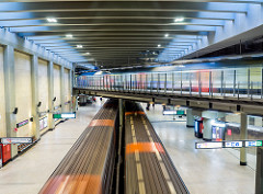 Subways and train in movement - Schuman subway station - Brussels